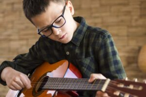 5 Guitar Songs Every Kid Should Learn