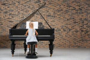 The Advantages of Learning Piano Young