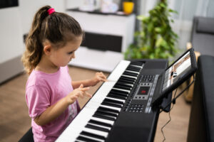 8 Reasons Why Parents Should Support Piano Lessons