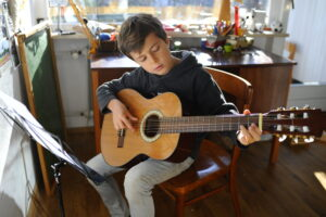 How Often Should My Child Practice the Guitar