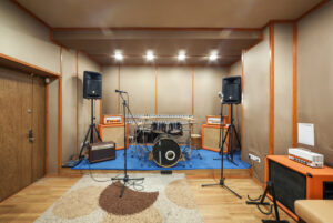 4 Tips for Soundproofing a Room in Your Home